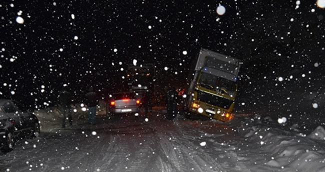 Karaman-Mersin karayolu ulaşıma kapandı