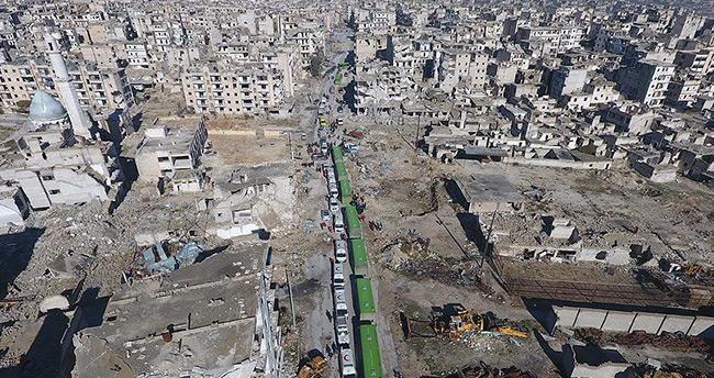 Rejim yanlısı terörist gruplar, Halep'teki tahliye konvoyuna ateş açtı
