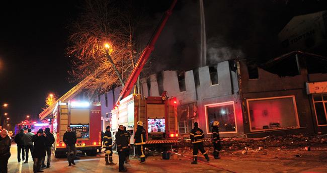 İnegöl'de mobilya sanayi bölgesinde yangın