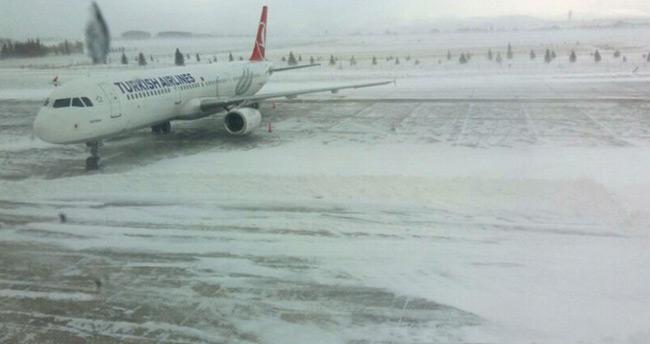 Konya'da uçuşlar iptal