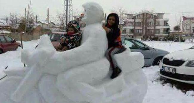 Konya'da eğitime kar engeli – Konya'da il merkezinde okullara kar tatili