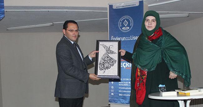 Özel Enderun Liseleri Emine Şenlikoğlu'nu Öğrencileriyle Buluşturdu