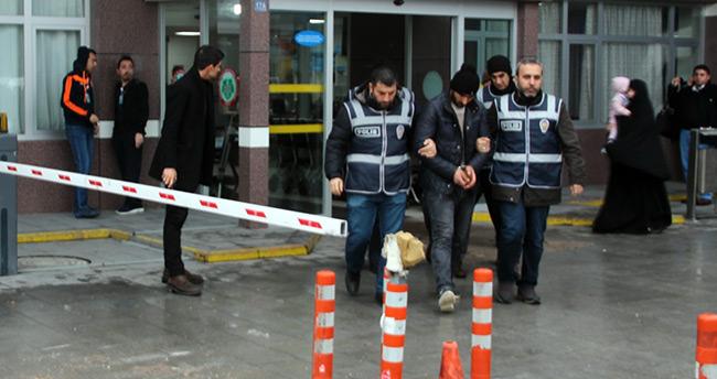 Konya'da hırsızlar çalıntı aküleri internetten satmaya çalışırken yakalandılar