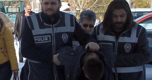 Konya Kültür Park'ta gasp! Çıktığı cezaevine 1 ay sonra yeniden girdi