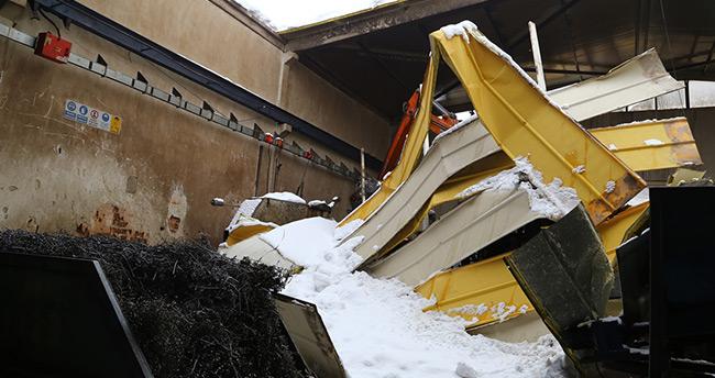 Konya'da kar nedeniyle 19 fabrikanın çatısı çöktü