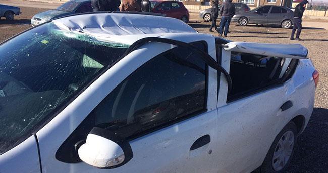 Konya'da lodos çatıları uçurdu
