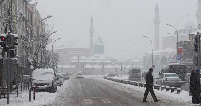 Meteoroloji tarih verdi, Konya'ya yoğun kar geliyor!