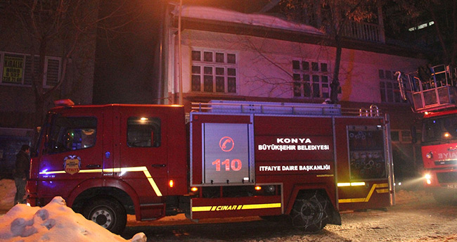 Konya'da baraka yangını!