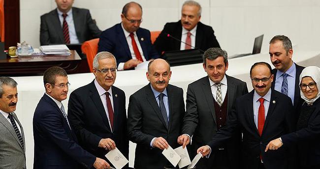 Anayasa değişikliği teklifinin 17. maddesi kabul edildi