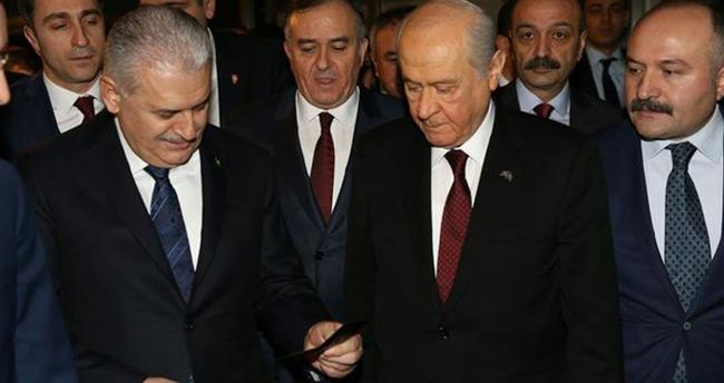Başbakan Yıldırım'dan Bahçeli'ye yeni kimlik jesti