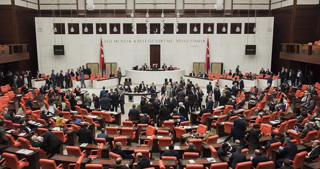 Anayasa değişiklik teklifinin 1. tur oylamaları tamamlandı