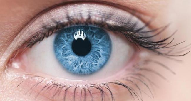 Sol göz seğirmesi neden olur, nasıl geçer?
