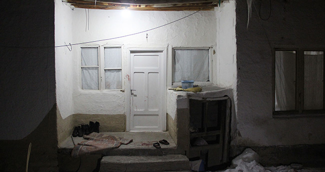 Konya'da kocası tarafından darp edilen kadın 8 yerinden bıçaklandı