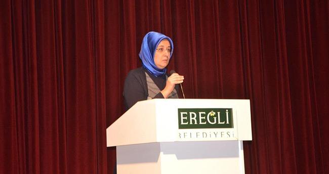Gülay Samancı'dan Ereğli'de konferans