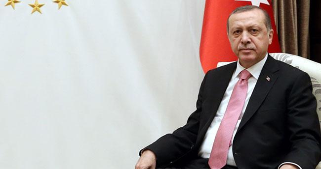 Cumhurbaşkanı Erdoğan'dan 'gençlere güvenin' mesajı