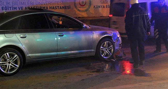 Konya'da polis şüpheli kovalamacası! – Polis aracına çarpınca yakalandılar