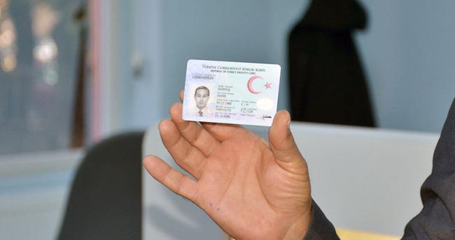 İstanbul'da Suriyelilere vatandaşlık verilmeye başladı