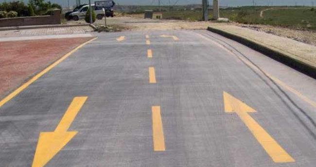 Türkiye asfalttan vazgeçiyor! Beton yollar geliyor…