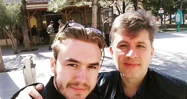 Mustafa Ceceli Konya'da Hz. Şems'in Türbesi'ni ziyaret etti