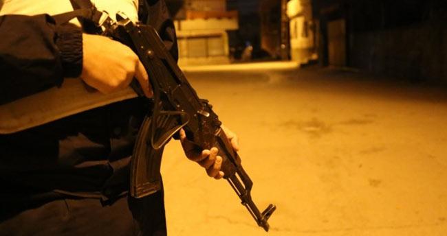 Adana'da 500 polisle DEAŞ ve El Nusra operasyonu