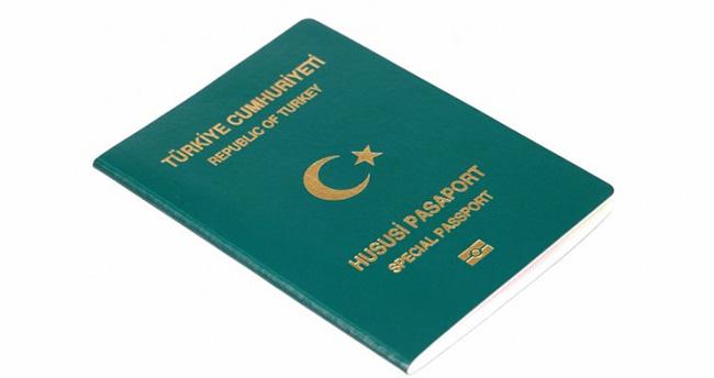Yeşil pasaport almaya hak kazananlar açıklandı