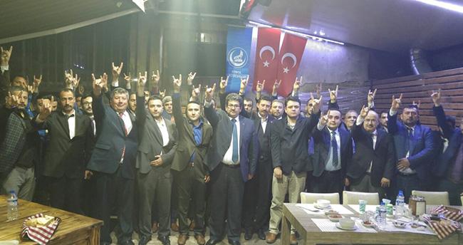 Konya Ülkü Ocakları MHP Lideri Devlet Bahçeli'nin yanında