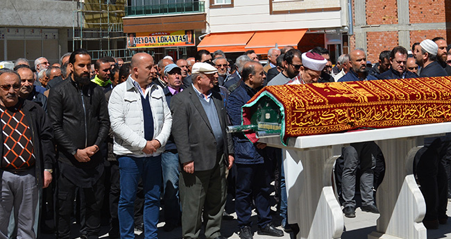 Futbolcu Erkan Zengin'in acı günü