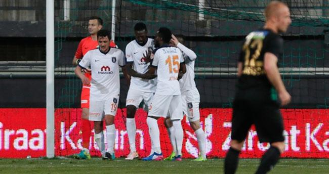 Türkiye Kupası'nda ilk yarı finalist Başakşehir