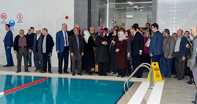 Meram'da Rabia Spor Merkezi hizmete açıldı