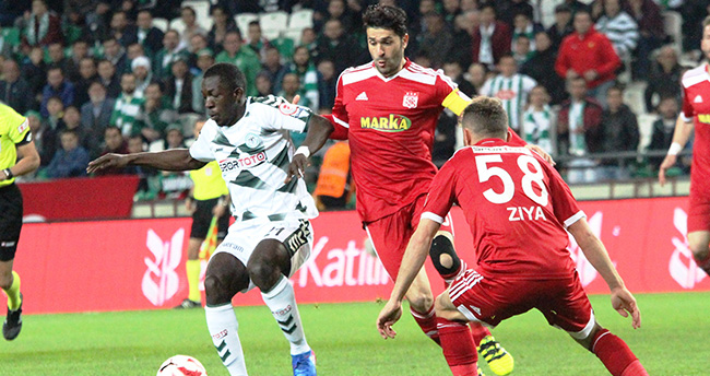 Atiker Konyaspor: 2 – Sivasspor: 1 (İlk yarı)