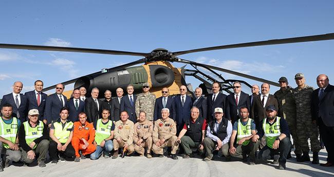 Konya'da düzenlenen törenle 20 ATAK helikopteri TSK'ya teslim edildi