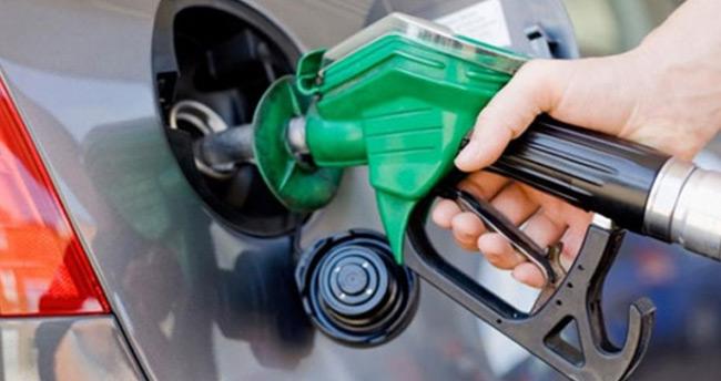 Araç sahiplerini üzen haber! – Benzine 10 kuruş zam yapıldı
