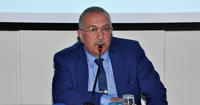 Gazeteci-Yazar Nurettin Veren'den NEÜ'de