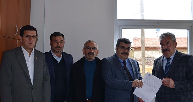 MHP Ilgın İlçe Başkanı Ok mazbatasını aldı