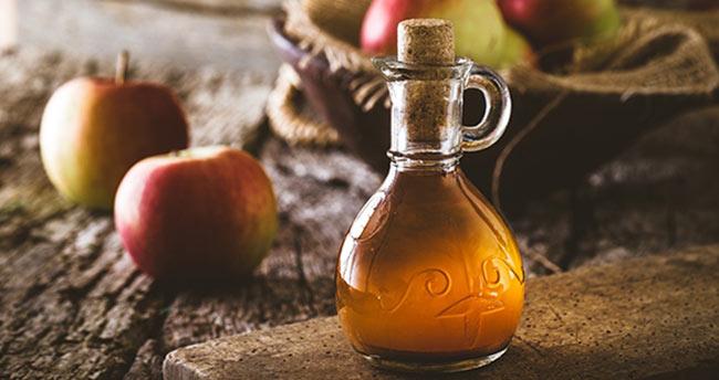 Yüzünüzü elma sirkesi ile yıkamanın faydaları