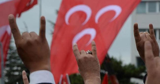 MHP Kurucular Kurulu'ndan sürpriz karar!