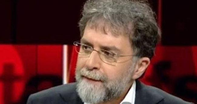 Ahmet Hakan'dan canlı yayında efkar sigarası