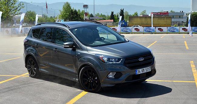 Ford yeni modellerini Kocaeli'de tanıttı