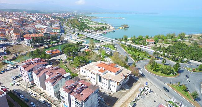 Beyşehir'e 'deniz manzaralı' hanımlar lokali