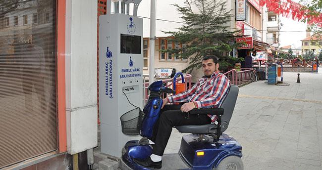 Engelli araçlar için şarj istasyonu