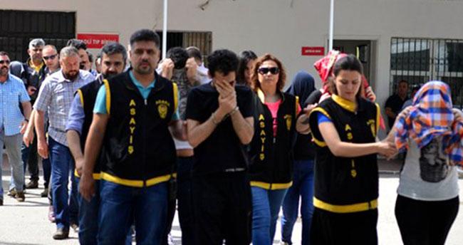 Konya dahil 13 ildeki eskort sitelerine operasyonda 18 tutuklama