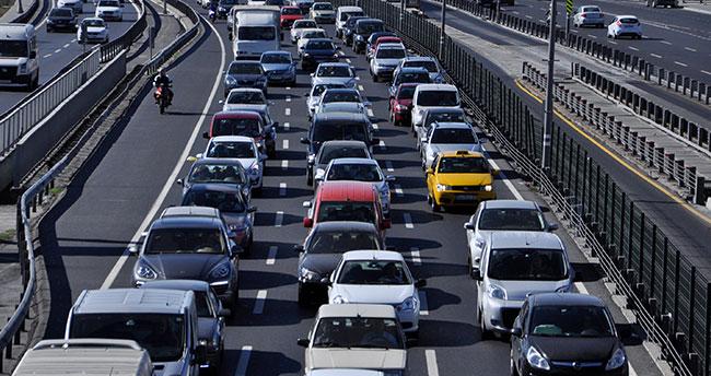 Milyonlarca aracı ilgilendiren düzenleme Meclis'ten geçti!