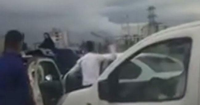 Konya'da trafikte sopalı kavga!