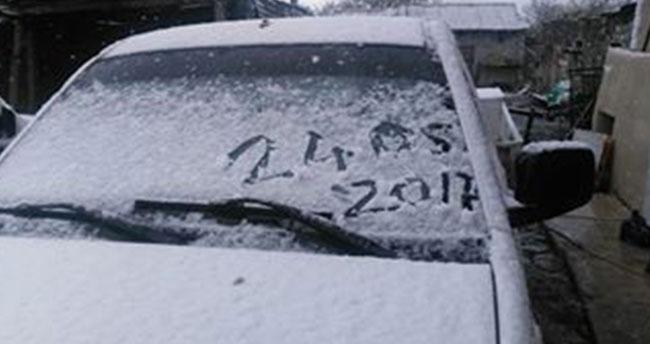 Ardahan'a mayıs ayında kar yağdı