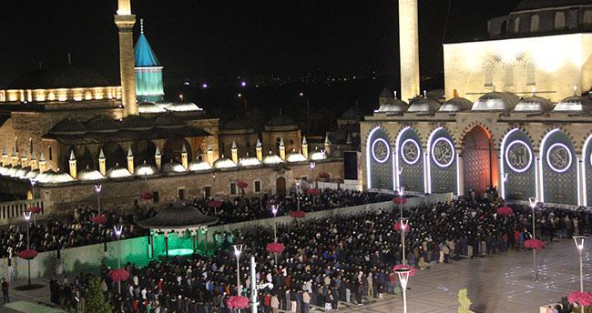Konya'da Ramazan ayının ilk teravih namazı kılındı