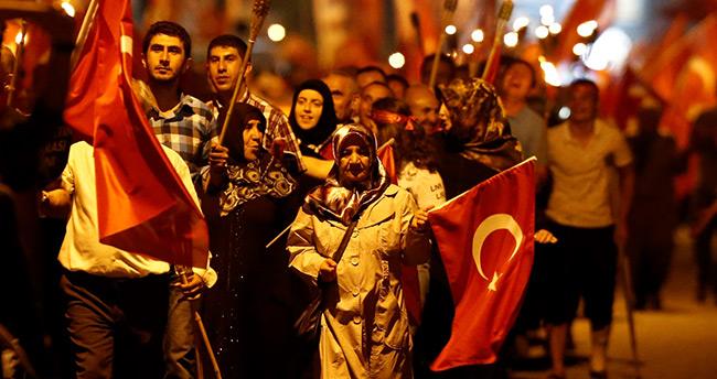 İstihbarat servisleri FETÖ'yü Türkiye'ye karşı kullandı