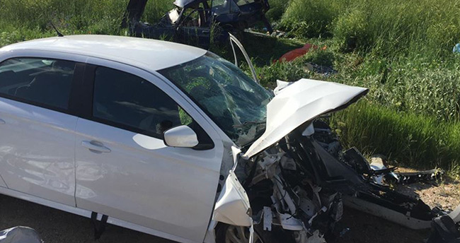 Konya-Beyşehir yolunda iki otomobil çarpıştı: 2 ölü, 4 yaralı
