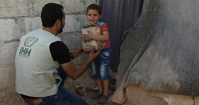 Konya'da savaş mağdurlarına 100 bin iftarlık kumanya