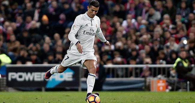 Ronaldo'ya 1 milyar avroluk engel