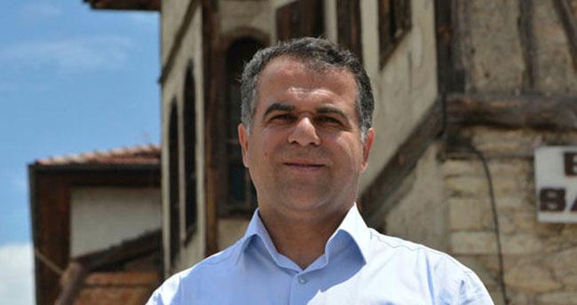 AK Parti'li belediye başkanı görevden alındı